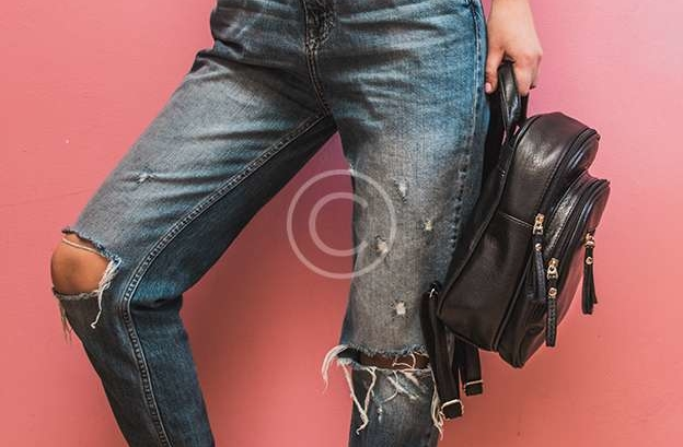 Shopping & Styling Tips For Buying Jeans